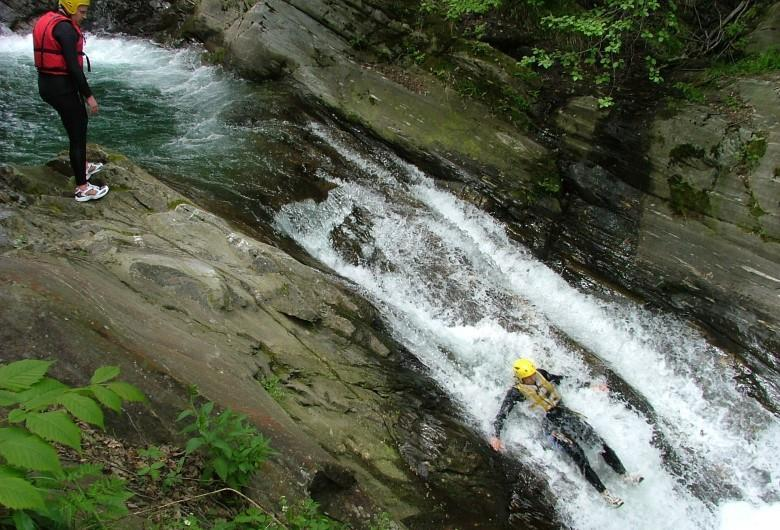tv-hp-15-rafting-canyoning